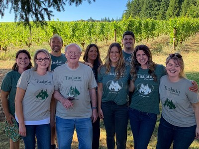 Bill Fuller and Tualatin Estate Staff at Vintage 44 Release Party
